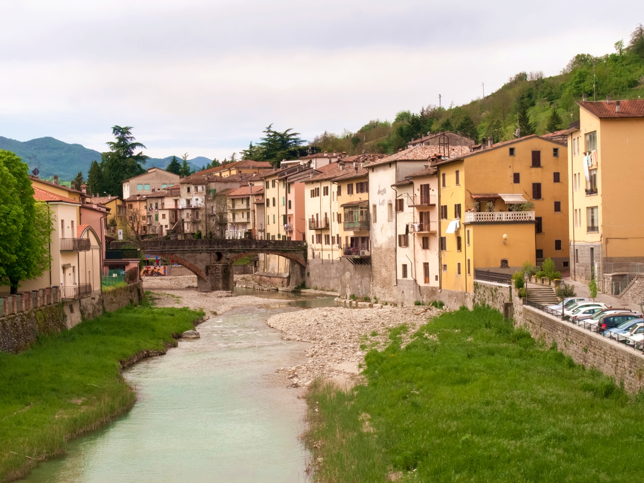 Hamlets & villages