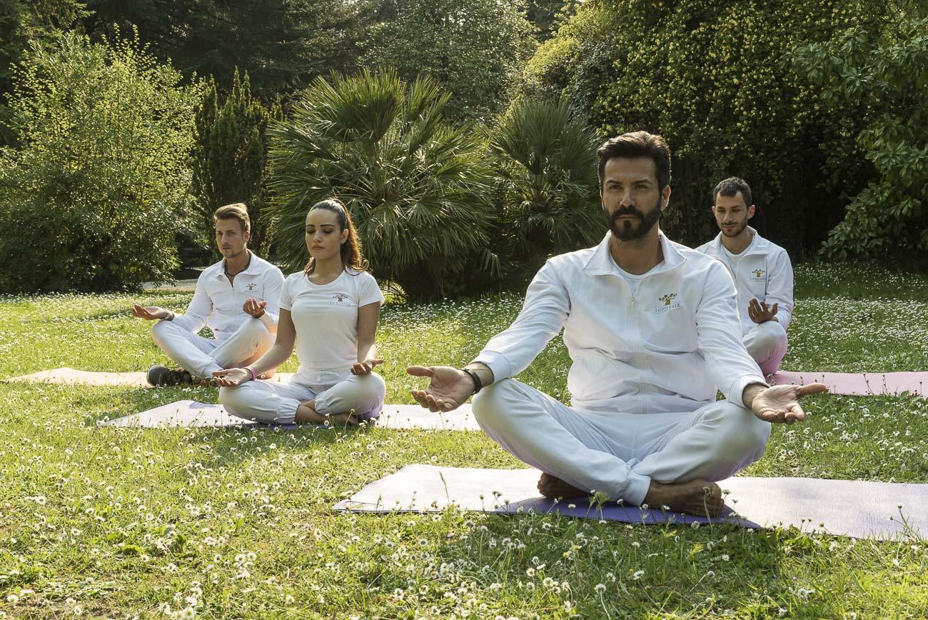 Relax, Rinasci nella natura con passeggiate nel parco e sedute di Yoga